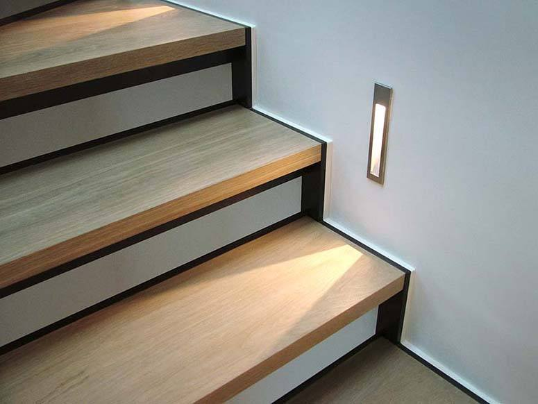 Staircase lighting ideas to brighten up your home wall staircase lighting mozeypictures Image collections