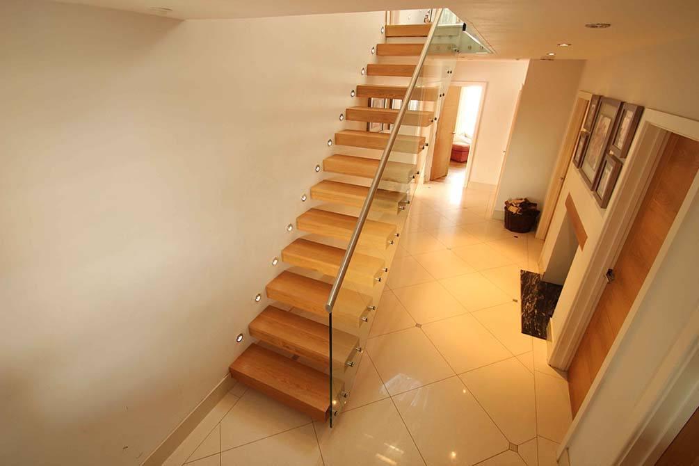 tinson-contemporary-cantilever-staircase