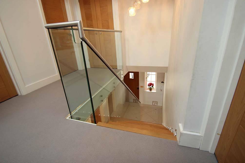 tinson-glass-stainless-steel-balustrade