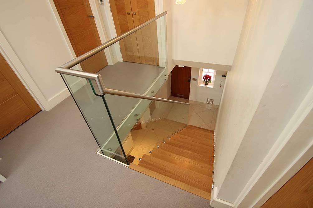 tinson-modern-staircase