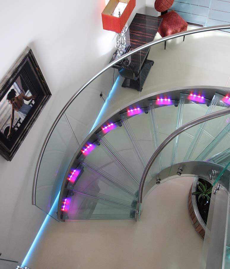 glass-staircase-lighting