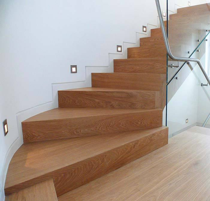 downley-timber-steel-staircase