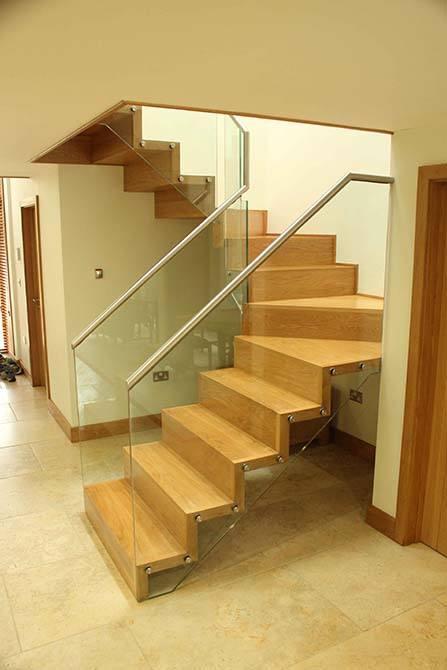 hartley-contemporary-staircase