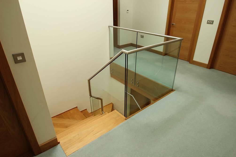 hartley-stainless-steel-glass-balustrade