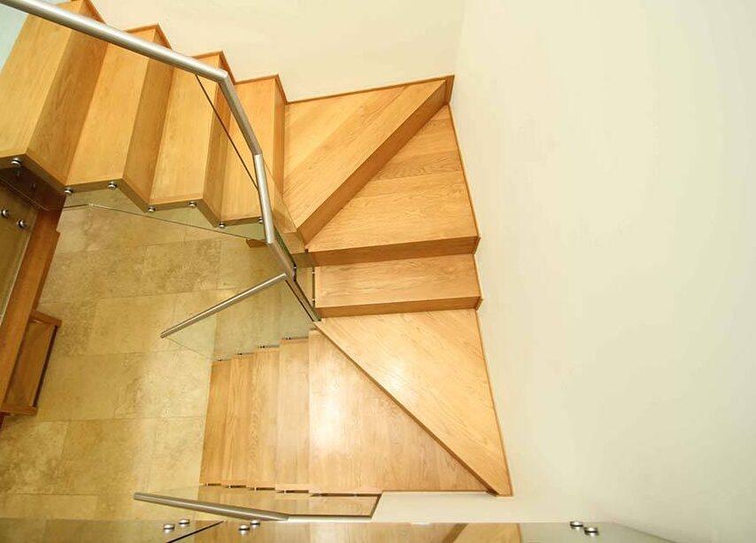 hartley-zig-zag-timber-staircase