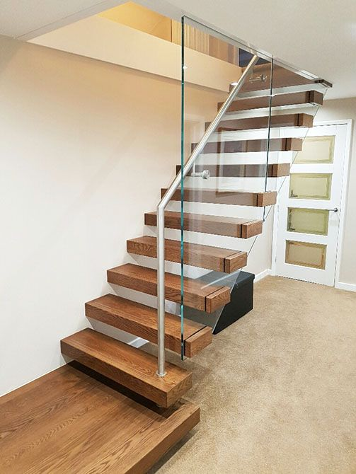 bradgate-cantilever-floating-glass-stair