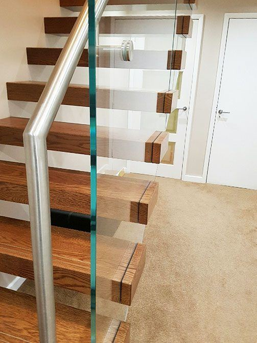 bradgate-cantilever-floating-staircase