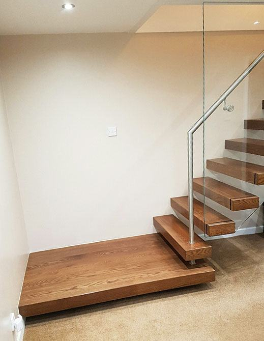 bradgate-cantilever-floating-timber-staircase