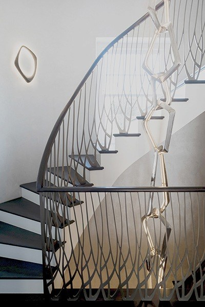 helical-staircase-laser-cut-balustrade