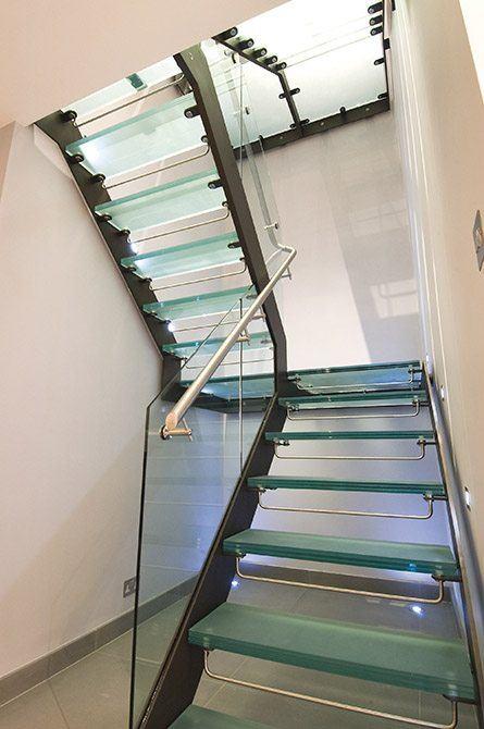 tenniel-glass-stair