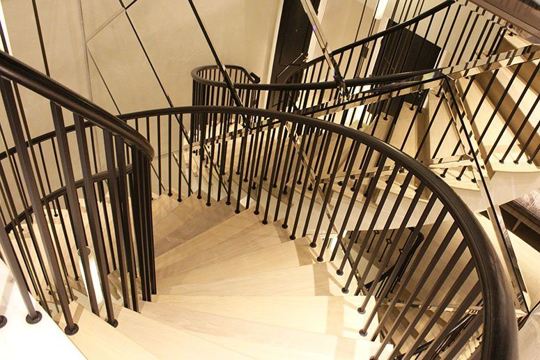 Mild-Steel-feature-helical-staircase