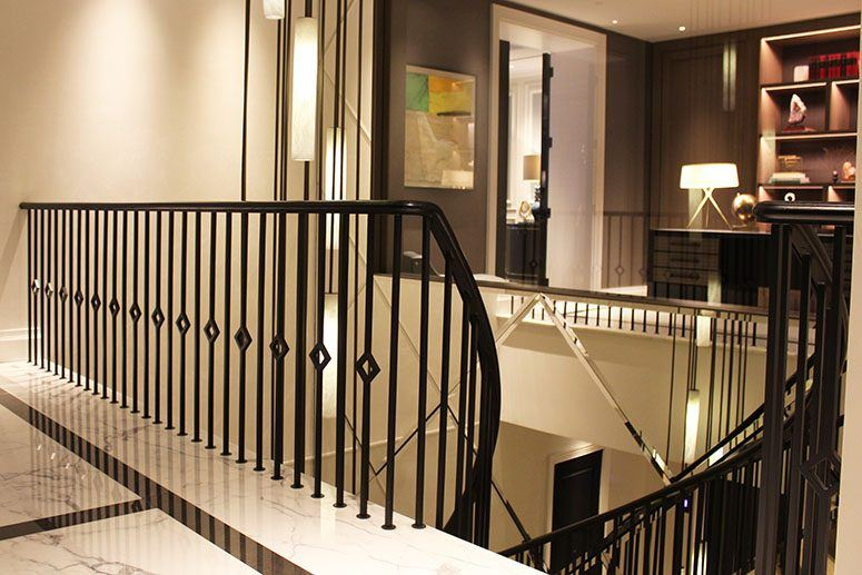 Mild-steel-balustrades-helical-feature-staircase