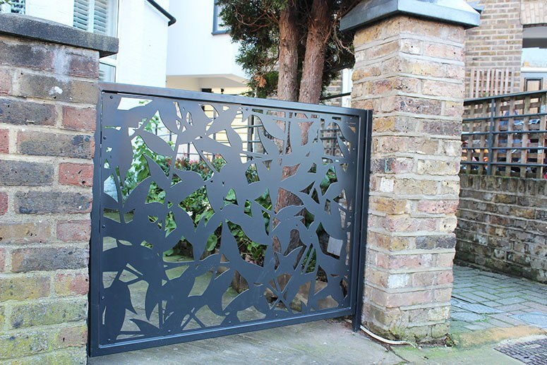 laster cut stainless steel privacy screen