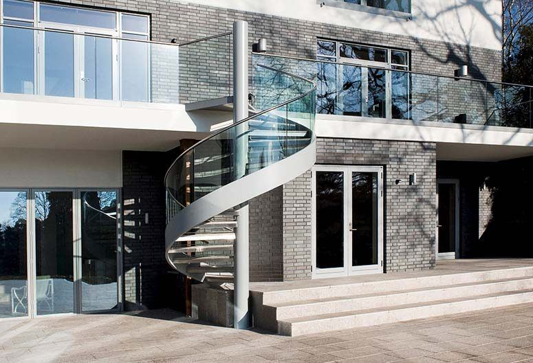 mole-hill-exterior-spiral-staircase | Canal Architectural