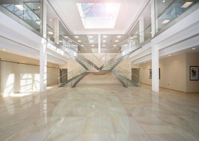Alltech - bespoke glass feature staircase