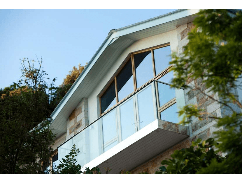 Close up of cantilever balcony